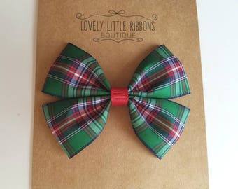 Plaid hair bows, Tartan hair bow, Green and red hair bows, hair bow, hair bows for girls, girls hair bows, gifts for girls