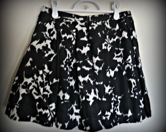 Balck and White Party Skirt