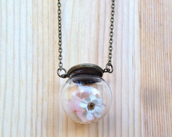 Girl necklace with real flowers of pink hydrangea and white flower. Gift for Friends