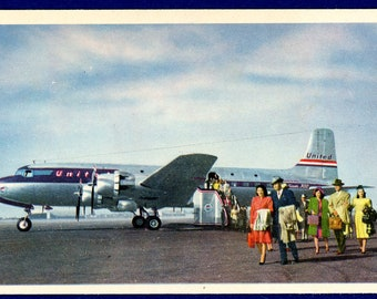 United Airlines DC 6 Postcard Vintage Aviation Commercial Airplane 52 Passengers 21183