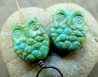 NEW TURQUOISE WINGZ . Czech Picasso Glass Beads . 19 mm (4 beads)