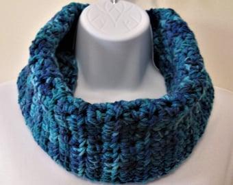 Womens Crochet Cowl Infinity Scarf Neckwarmer Chunky Blue Turquoise Chunky Acrylic Boho Washable Dryable Ready to Ship