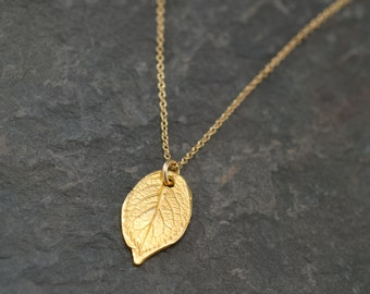 Delicate Rose Leaf Necklace, Dainty Pendant, Leaf Necklace, Everyday Jewelry, Layering Necklace, Woodland Jewelry, Modern Bridesmaid Gifts