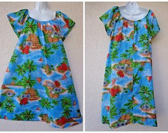 1970s Hawaiian DRESS. Hawaiian MuuMuu. Hawaiian Caftan. Tent Dress. Vintage Muu Muu.Blue MuuMuu. Island Scene Print. Plus Size MuuMuu. 2X