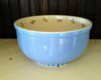 Excellent Hall China Mixing Nesting Bowl Cadet Blue Mary Dunbar