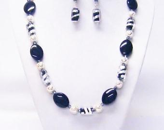 Black/Silver Lampwork w/Jet Flat Oval Glass Beads Necklace/Earrings Set