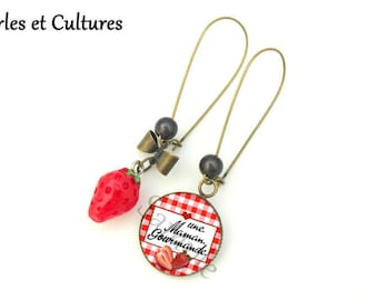 Earrings, MOM, gift for MOM, a MOM gourmet, strawberry gingham cabochon