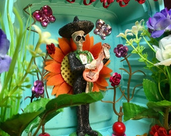 Day-of-the-Dead Mariachi Nicho / Dia-de-los-Muertos Shrine / Folk Art Calavera Altar / Calaca Handmade Retablo / Vihuela Skeleton Art