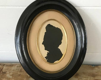 Napoléon 3 frame with cut out silhouette
