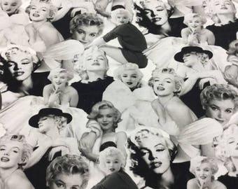 Robert Kaufman -faces- AYO-17198-187- CT120807- Modern Cotton