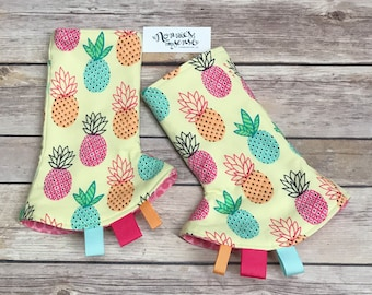 PINEAPPLE Drool Pads. Pineapples. Kinderpack Accessories. Lillebaby Accessories. Tula. Ergo Accessories. Bjorn. Beco Gemini. Chimaproo. Boba