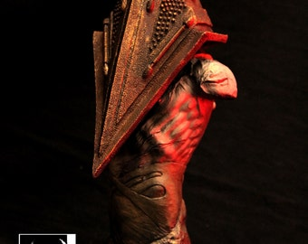 SILENT HILL PYRAMID head  bust
