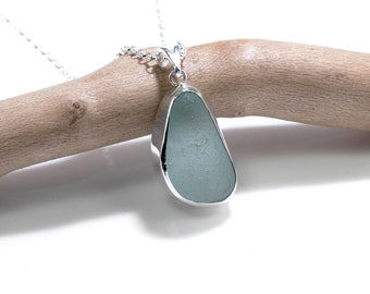 Sea Glass Necklace, Sea Glass Jewelry, 925 Silver Seaglass Necklace, Beach Glass Necklace, Sea Glass Pendant , Seaglass Jewelry