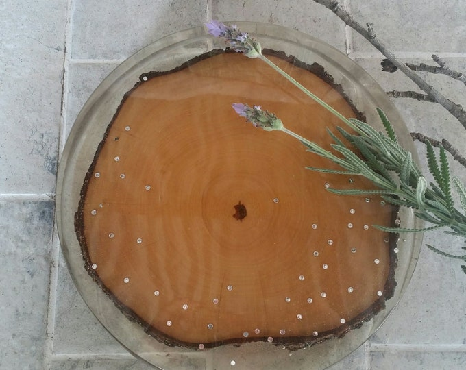 Tree ring resin table centrepiece