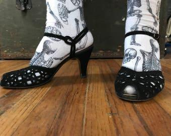 Vintage 1940's peep toe sandals black suede rhinestones lattice 8 Debtowners