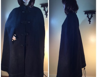 Vintage coat ,  black wool cape black military  cape , 50s  clothing , black  50s coat  , man poncho