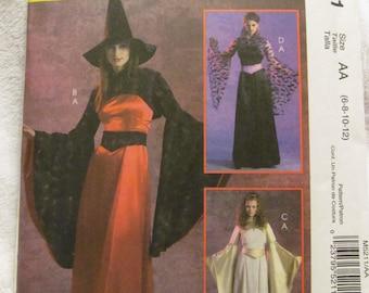 McCall's M5211 UNCUT Pattern / Ladies Fantasy Costumes / Sizes 6, 8, 10 & 12