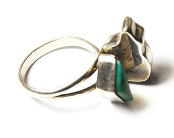 Sterling Silver Bear Turquoise Triangle Expandable Ring 15mm Size 4.5 to 6