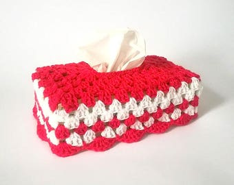 Cover Christmas red and white Granny crochet tissue box is hand made in France
