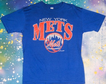 New York METS Baseball Sports TShirt Size