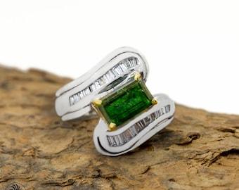 Vintage Engagement Ring, Emerald Engagement Ring, Emerald Cocktail Ring, Emerald and Diamond Engagement Ring |LDR01812