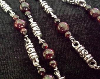 Ladies Hand Made Designer Fancy Link Sterling Silver and Garnet Bead Necklace (n80)