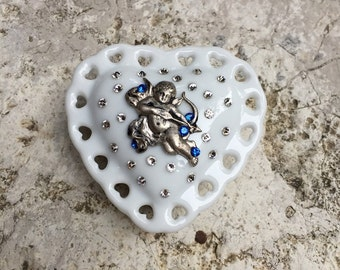 Valentine's heart pill trincket box with angel