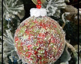 Hand Painted Christmas Ornaments Handmade, Glass Bulbs, Christmas Tree Ornaments, Christmas Decorations, Red, Green, Glitter Ornaments