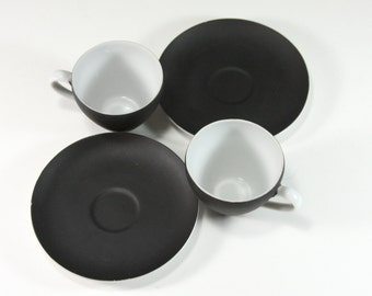 Black and White. Vintage Modern Black and White Cups