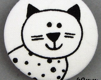 Black & white cat - cat - fabric covered button - (40-06)