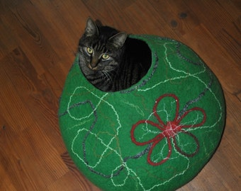 Cat bed - cat cave - cat house - eco-friendly handmade felted wool cat bed REDY to ship - Lsize
