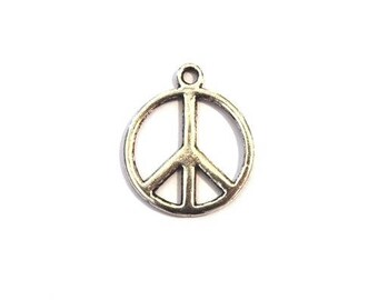 Love charm pendant and peace charm - silver plated (10 pieces)