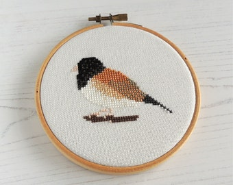 Cross stitch bird, dark eyed junco pattern, dark eyed junco cross stitch, small cross stitch bird, small bird pattern, American bird pattern