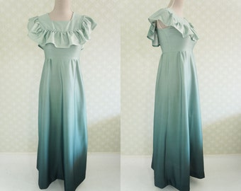 Romantic gradient green maxi dress. Ruffled trim. Perfect to wedding, ceremony. Small size.