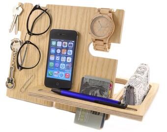 Wood desk organizer - iPhone cord organizer - Wallet organizer - Watch organizer - Entryway table - Wood art - Boss gift