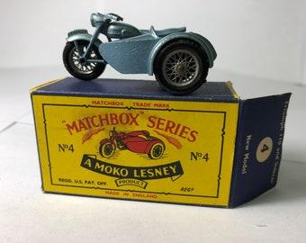 Vintage Moko Lesney Matchbox Series # 4 Triumph T110 Motorcycle & Sidecar w/ Original Box