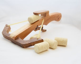 Wooden crossbow toy - wooden crossbow - marshmallow crossbow - cork crossbow - waldorf toy - kids outdoor toy - outdoor toy - ce tested toy