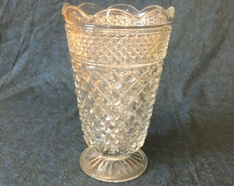 Vintage Anchor Hocking Large Wexford Glass Flower Vase