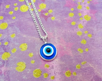 Evil Eye Necklace, Eyeball Necklace, Resin Jewelry, Blue Jewellery, Turkish Necklace, Halloween Necklace, Halloween Costume, Eyeball Jewelry