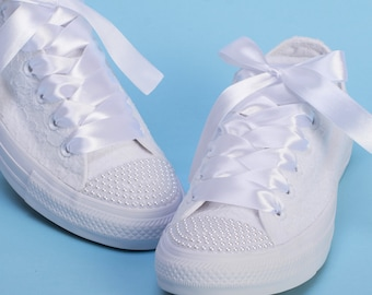 Pearl Converse for bride, White Converse for wedding, Pearls Sneakers bridal, Pearl trainers shoes, Pearl wedding shoes, Bride Converse