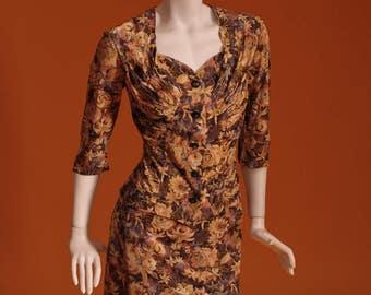 1940s / 1950s 'Jeannie Brand' Women's Vintage Skirt / Jacket / Suit / Floral Print Jersey. UK Size 10