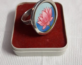 Handmade 92.5 Sterling Silver Glass Framed Lovely Pink Lotus Flower Beautiful Miniature Painting Adjustable  Finger Ring