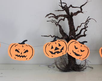 Jack-O-Lantern Garland - Halloween Banner - Black and Orange Pumpkin - 6 Feet