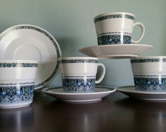 Noritake Felicity Cups and Saucers, Set of 4, Mid Century Bird Pattern in blue, green, grey