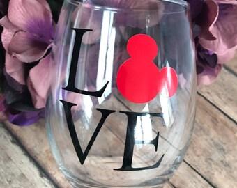 Disney Love || Wine Glass || 15 ounce