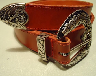 Vintage 1970s Red Boho Gypsy Chic Cowgirl Concho Style Belt