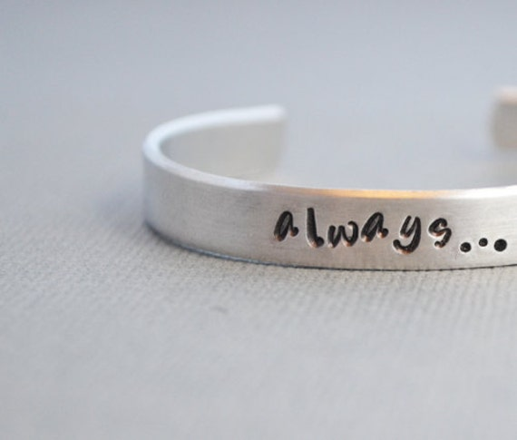 Harry Potter holiday gifts | gift ideas for Harry Potter fans | Harry Potter gifts | presents for Harry Potter fans | gift guide | holiday gift guide