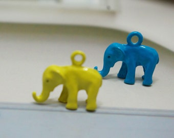 Yellow and blue elephants