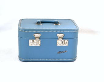 Vintage Blue Square Hard Train Case by Monarch, Make Up Case, Lingerie, Travel, Toolbox, Crafts