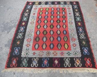 free shipping VINTAGE TURKİSH kayseri  kilim Anatolian handwoven kilim rug decorative kilim - SİZE : 56'' X 76'' ( 140 cm X 190 cm)